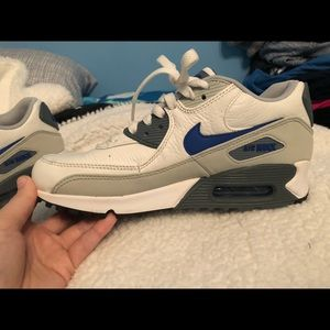 Nike Shoes - Nike Kids AirMax!